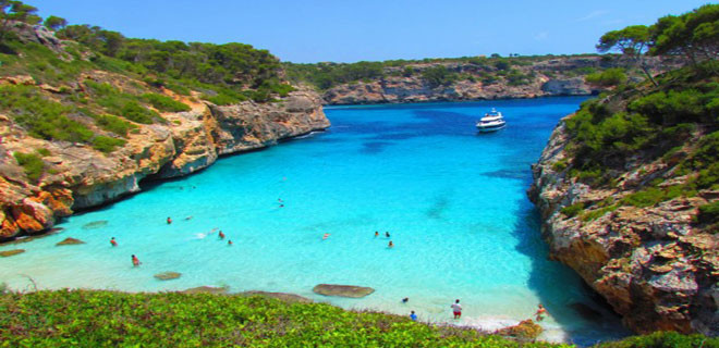 5-beaches-to-visit-this-spring-in-mallorca