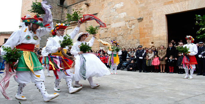 cossiers-an-ancestral-dance