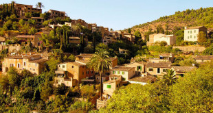Winter in Majorca: an awesome postcard