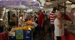 Weekly market in sa Pobla