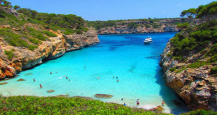 5 Beaches to visit this spring in Mallorca.
